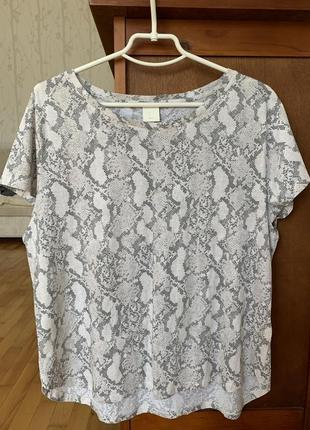 Новая женская футболка большого размера