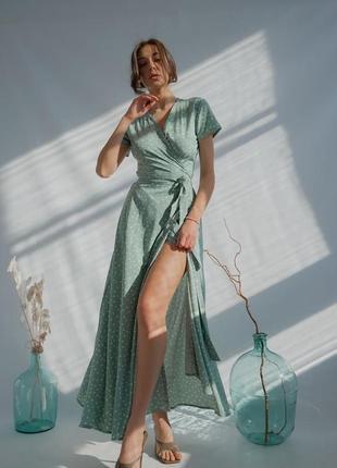 Платье в пол на запах мятного цвета