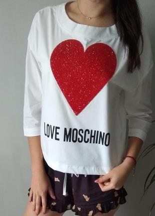 Блузки бренду moschino