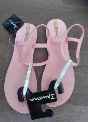 Женские  босоножки  ipanema charm v sandal 82283-22031