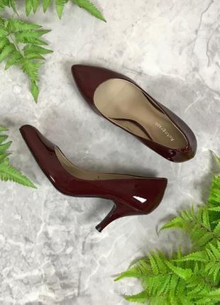 Туфли лодочки винного цвета