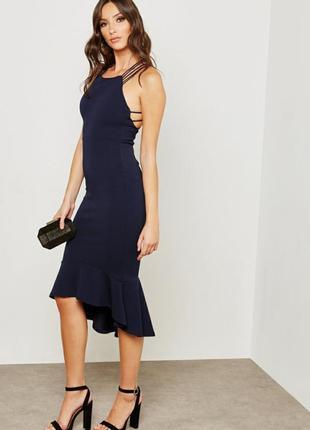 Стильное миди платье с шнуровкой