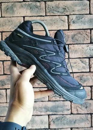 Оригінальні демосезонні кросівки salomon gore-tex
