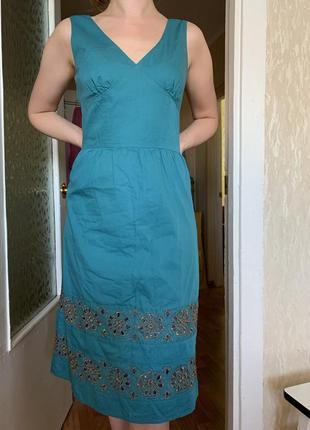 Роскошное летнее платье с вышивкой