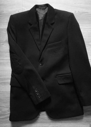 Распродажа!!! классный пиджак 8-9 лет.