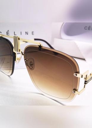 Стильные солнцезащитные очки коричневые линзы градиент