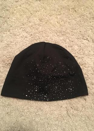 Утеплённая спортивна шапочка для бега, занятий спортом