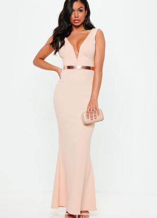 Персиковое макси платье