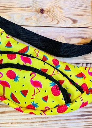 Бананка  с фламинго и фруктами поясная сумка