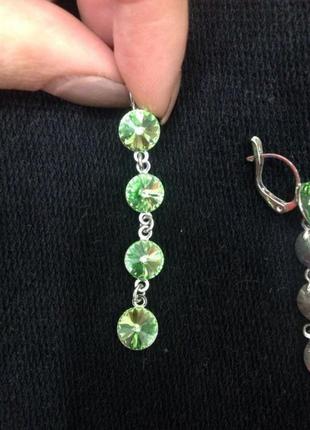 Сережки с камнями swarovski greenery
