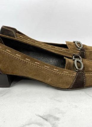 Фирменные туфли натуральная замша