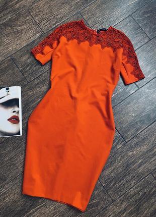 Шикарное красное платье футляр