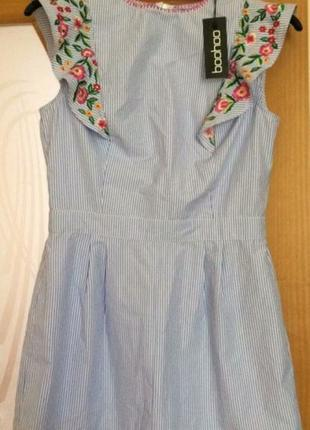 Новое платье boohoo в полоску