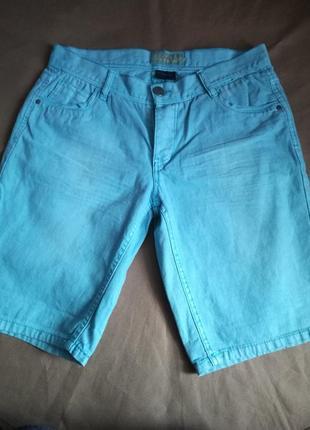 Красивые фирм.джинсовые шорты