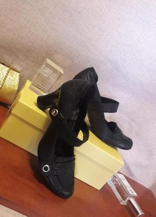 Туфли в стиле мери джейн,нат.кожа