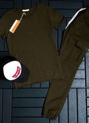 Комплект джогеры и футболка
