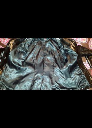 Кожанная лакированная куртка