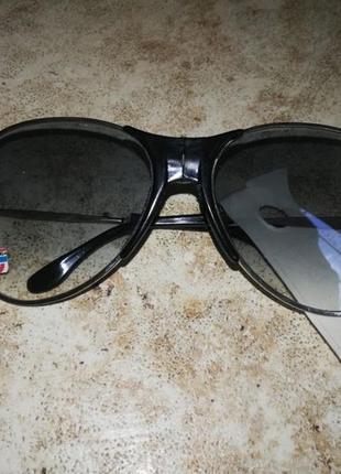Распродаю очки солнцезащитные складные унисекс
