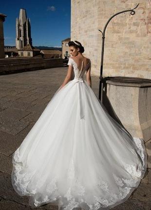 Продам свадебное платье allegresse dayona. оригинал, есть все бирки.