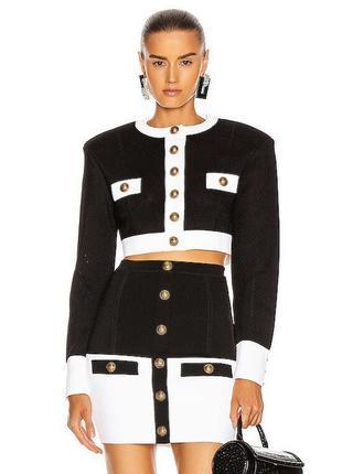 Модный брендовый костюм
