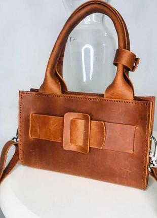 Коричневая кожаная сумочка