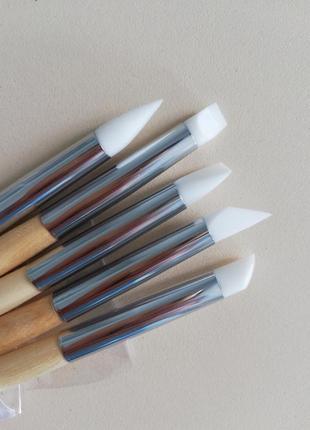 Кисточки силиконовые для маникюра