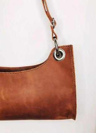 Коричневая сумка-багет из натуральной кожи2 фото
