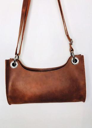 Коричневая сумка-багет из натуральной кожи3 фото