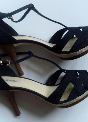 """Новые кожаные босоножки на высоком каблуке фирмы """"geox"""""""