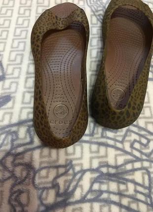 Crocs  лодочки-шлёпанцы