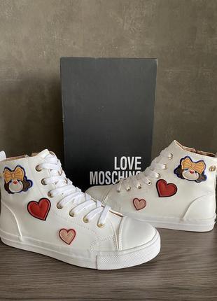 Кроссовки ботинки love moschino