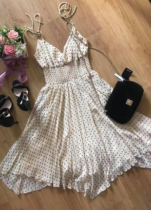 Kookai! франция! превосходное платье сарафан миди плиссе цвета нюд  в чёрный горох