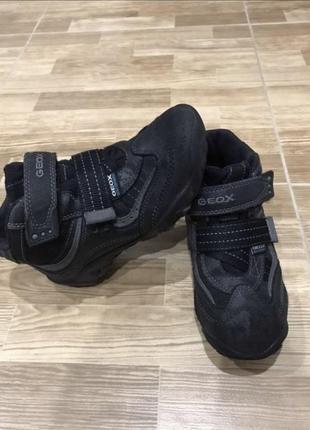 Демисезонные ботинки geox 19,5 см стелька