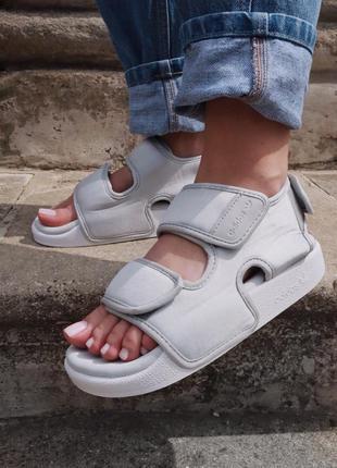 Шикарные сандали adidas adilette 3.0 grey sandals сандалі босоніжки босоножки
