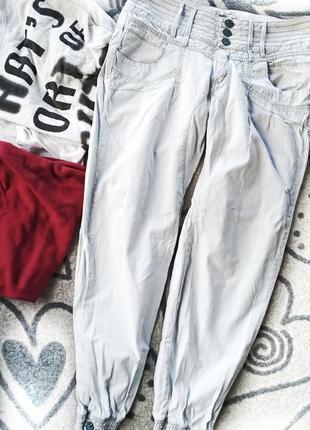 Модные джинсы джогеры