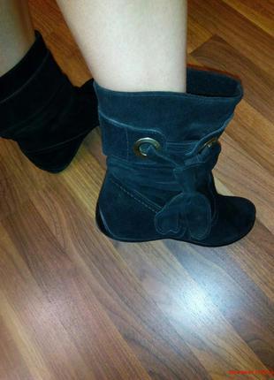 Весенне-осенние ботинки черные замшевые неубиваемые