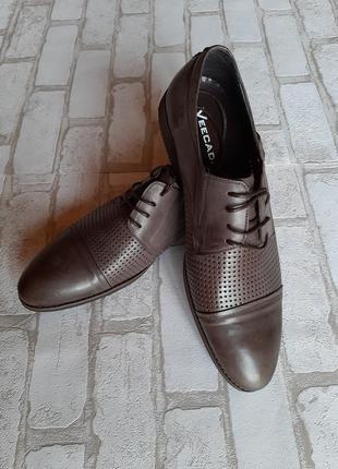 Мужские лёгкие кожаные туфли veecadi на шнурках перфорацией