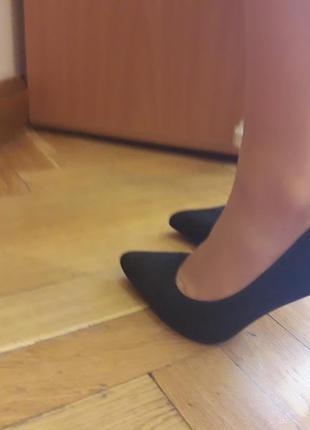 Туфли лодочки р.38 на37.5