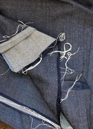 Відріз тканини джинс