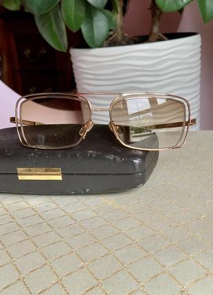 Солнцезащитные очки/оригинал ferre