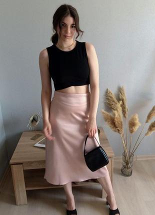 Нереальная атласная юбка
