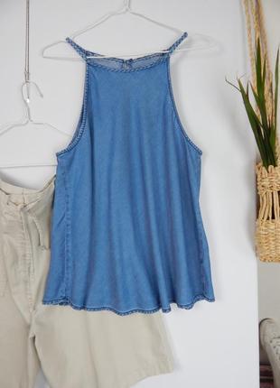 Джинсовый топ майка трапеция на тонких плетеных бретелях с открытыми плечами new look3 фото