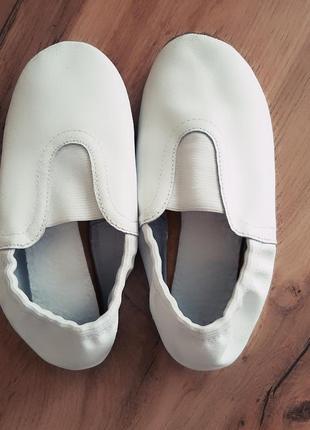 Чешки белые, натуральная кожа2 фото