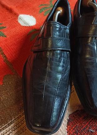 Роспродажа !!!!кожаные туфли бренда bugatti, стелька 30 см. (новые)