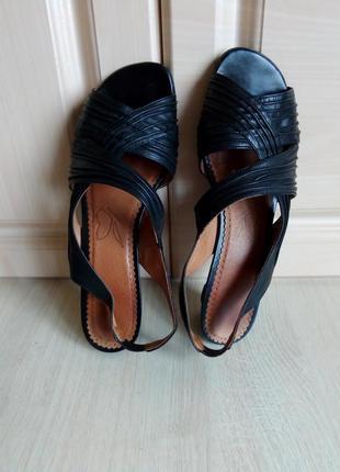 Туфли-босоножки caprice, 38р. (25 см)