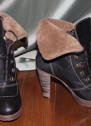Черевички на високому каблуку. розміри:38,39,40. виготовлено в іспанії