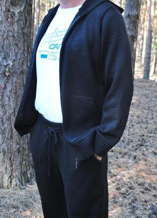 Хит - базовый мужской вязаный костюм