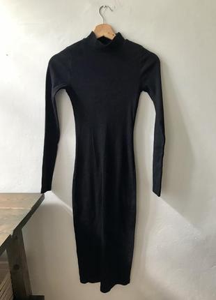 Трикотажное платье pull and bear