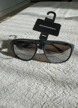 Солнцезащитные очки, c&a