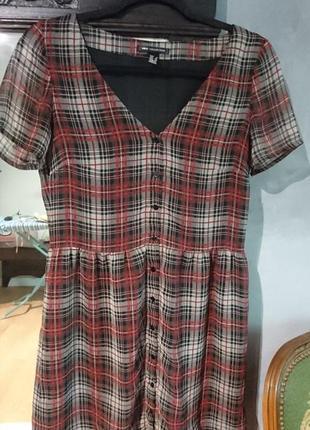 Шифоновое платье с кружевом, v-вырез, на пуговицах